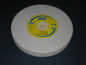 200 mm diameter x 25 mm x 31.75 mm 38A46KVBE Grinding Wheel