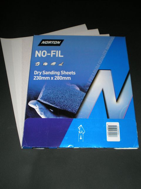 230 x 280 mm x 220 grit Norton A239 No-Fil Sheet