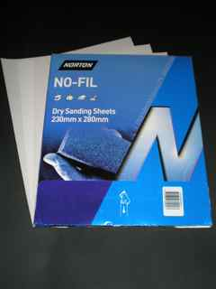 230 x 280 mm x 320 grit Norton A239 No-Fil Sheet